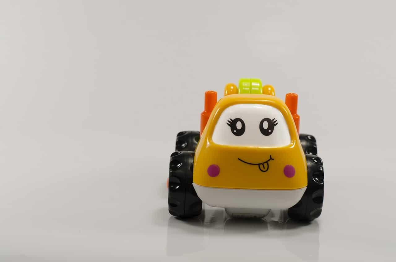 子育てママにスライドドアの軽自動車はオススメ。乗り降りが便利!