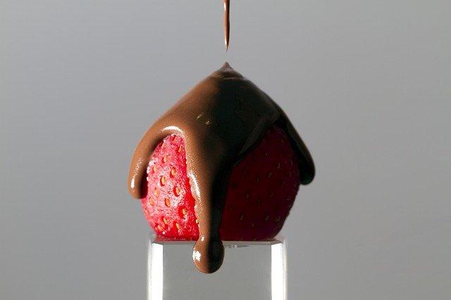 マック【ずるいチョコいちごパイ】の販売期間はいつからいつまで?値段は?内容量も調査